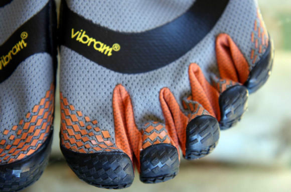 Vibram_FiveFingers_El_X_toe_shoes-007-w580
